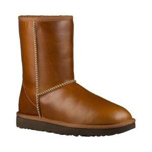 Classic short leather ugg